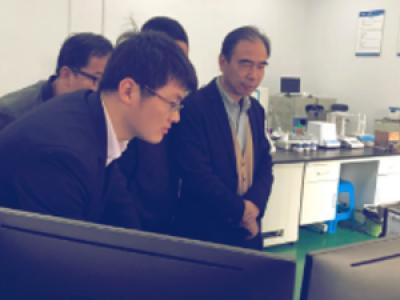 国家纳米工程中心常务副主任崔大祥教授一行莅临纽迈现场考察